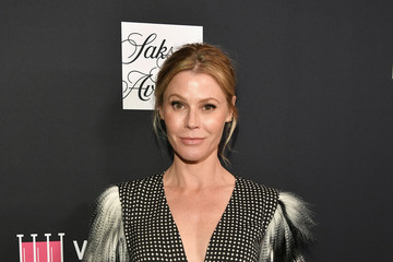 Julie Bowen WCRF's An Unforgettable Evening Presented By Saks Fifth Avenue - Red Carpet