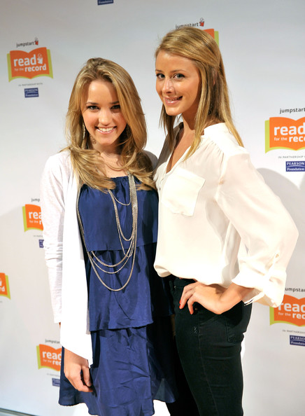 Actresses Emily Osment (L) and Lo Bosworth attend Jumpstart?s Read for the Record at the LA Public Library on October 8, 2009 in Los Angeles, California.