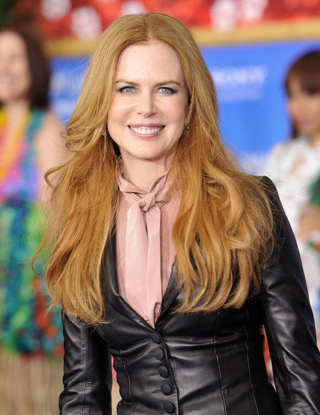 "Actress Nicole Kidman attends the premiere of ""Just Go With It"" at the Ziegfeld Theatre on February 8, 2011 in New York City."