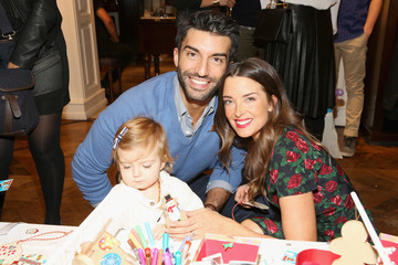Justin Baldoni Brooks Brothers Celebrates the Holidays with St. Jude Children's Research Hospital