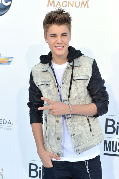 Justin Bieber - 2012 Billboard Music Awards - Arrivals