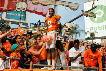 Justin Martin Outback Bowl - Northwestern v Tennessee