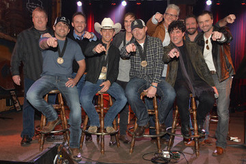 Justin Moore Scott Borchetta Justin Moore Celebrates His Number One Song
