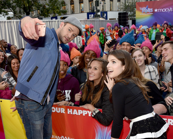 Macy's Celebrates Trolls at Herald Square With Justin Timberlake and Anna Kendrick [selfies,people,product,crowd,event,youth,community,fun,fan,leisure,photography,anna kendrick,justin timberlake,crowd,macys celebrates trolls at herald square,macys herald square,new york city,macys celebration of trolls at herald square]