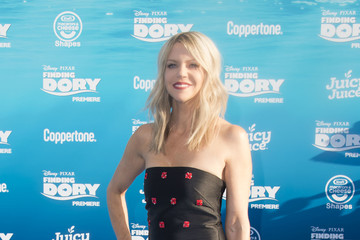 Kaitlin Olson The World Premiere Of Disney-Pixar's 'Finding Dory' - Red Carpet
