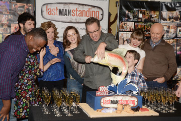 Kaitlyn Dever 100th Episode Celebration of ABC's 'Last Man Standing'