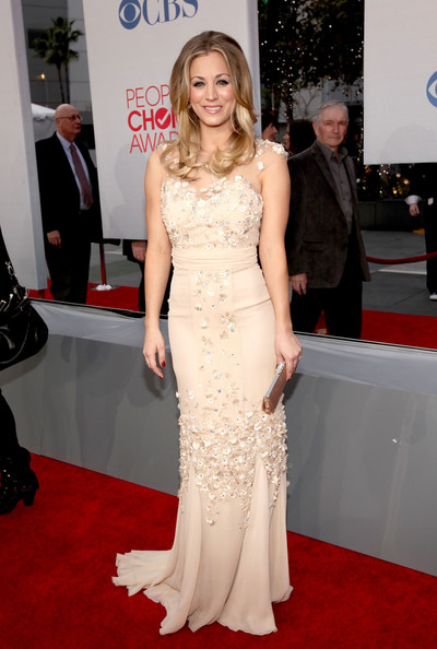Kaley Cuoco Host/Actress Kaley Cuoco arrives at the 2012 People's Choice Awards at Nokia Theatre L.A. Live on January 11, 2012 in Los Angeles, California.
