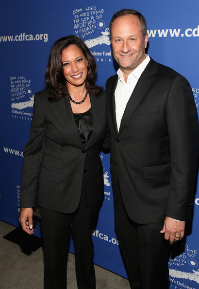 Kamala Harris with cool, Husband Douglas Emhoff