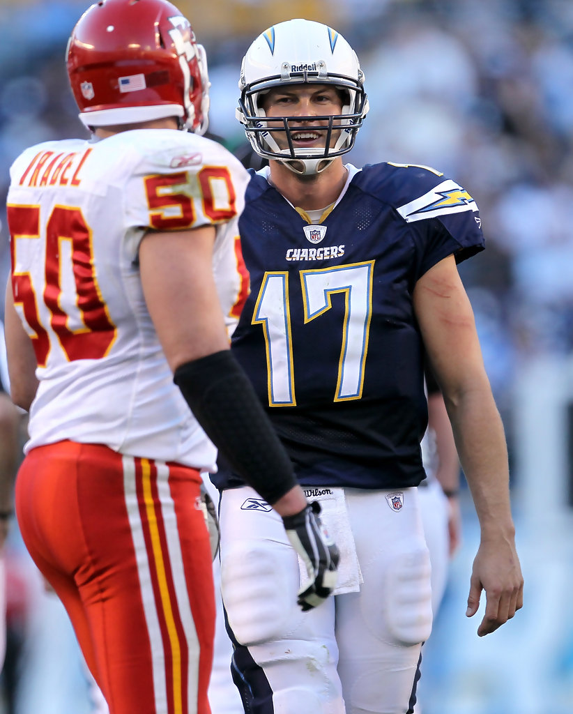 San Diego Chargers Backup Quarterback: Mike Vrabel And Philip Rivers Photos Photos