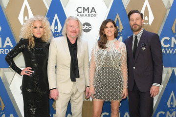 Karen Fairchild Phillip Sweet The 54th Annual CMA Awards - Arrivals