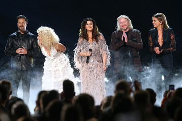 Karen Fairchild Phillip Sweet The 53rd Annual CMA Awards - Show