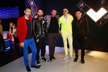 "Karim Rashid Pepsi And Nicola Formichetti Host The #PepsiChallenge Round Table At The PepsiCo ""Mix It Up"" Space During Milan Design Week"