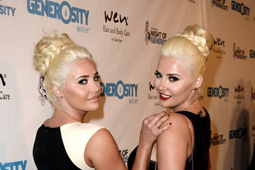 Karissa Shannon Generosity Water's 5th Annual Night Of Generosity Benefit - Red Carpet