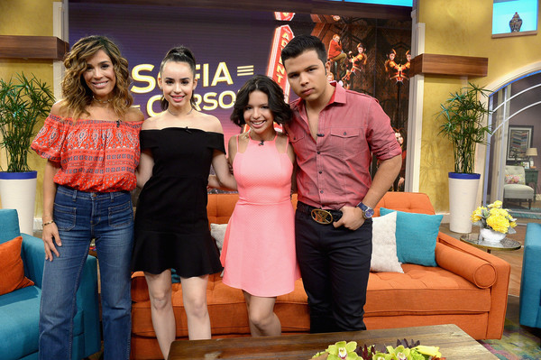 Karla Martinez Photos Photos Celebrities On The Set Of Univision S Despierta