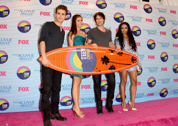 Kat Graham (L-R) Actors Paul Wesley, Nina Dobrev, Ian Somerhalder and Kat Graham, winners of Choice Fantasy/Sci-Fi Show award, pose in the press room during the 2012 Teen Choice Awards at Gibson Amphitheatre on July 22, 2012 in Universal City, California.