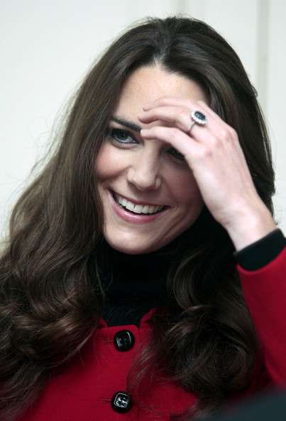 kate middleton and prince william coin. Kate Middleton dress at
