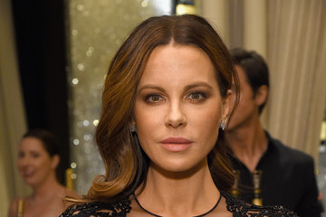 Kate Beckinsale ELLE's 25th Annual Women In Hollywood Celebration Presented By L'Oreal Paris, Hearts On Fire And CALVIN KLEIN - Moët & Chandon
