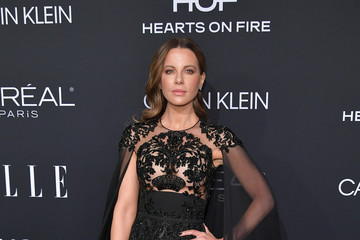 Kate Beckinsale ELLE's 25th Annual Women In Hollywood Celebration Presented By L'Oreal Paris, Hearts On Fire And CALVIN KLEIN - Red Carpet
