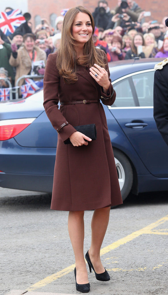Kate Middleton (& Her Royal Bump!) Recycle Another Look in England