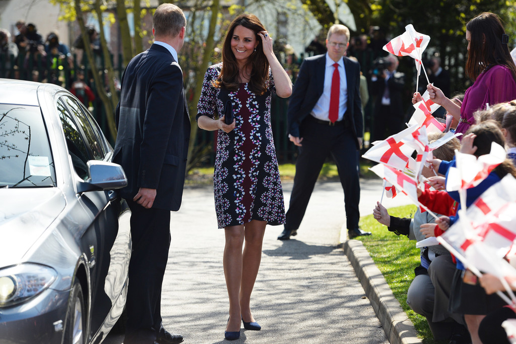 Royal Bump Alert! Kate Middleton Ditches Her Coat, Wears Erdem