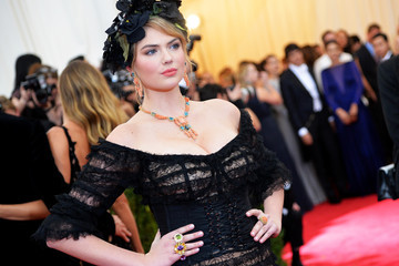 "Kate Upton ""Charles James: Beyond Fashion"" Costume Institute Gala - Candids"