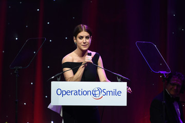 Kate Walsh 13th Annual Operation Smile Event Hosted by Kate Walsh