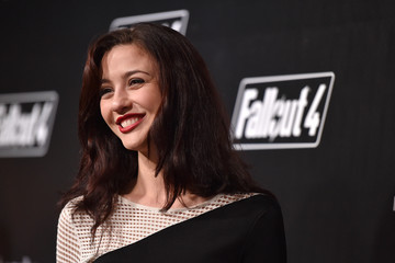 Katie Findlay 'Fallout 4' Video Game Launch Event - Los Angeles, CA