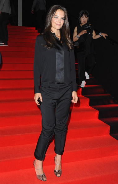 Katie Holmes Katie Holmes attends the Giorgio Armani Prive Haute Couture Fall/Winter 2011/2012 show as part of Paris Fashion Week at Palais de Chaillot on July 5, 2011 in Paris, France.