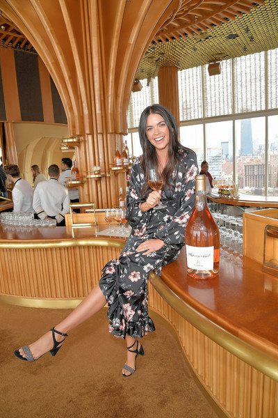 Food Network & Cooking Channel New York City Wine & Food Festival Presented By Capital One – Rooftop Rose At The Top Of The Standard Presented By Mohegan Sun Hosted By Katie Lee