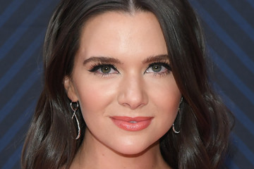 Katie Stevens The 52nd Annual CMA Awards - Arrivals