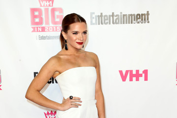 Katie Stevens VH1 Big in 2015 with Entertainment Weekly Awards - Arrivals