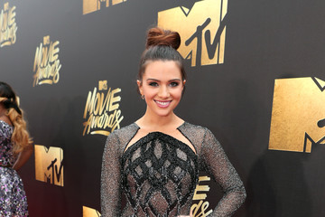 Katie Stevens 2016 MTV Movie Awards - Red Carpet