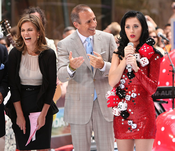 Natalie morales in katy perry performs on nbc 39 s today for Natalie morales and matt lauer affair