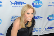 Cheryl Hines attends Keep It Clean Live Comedy To Benefit Waterkeeper Alliance on February 21, 2019 in Los Angeles, California.