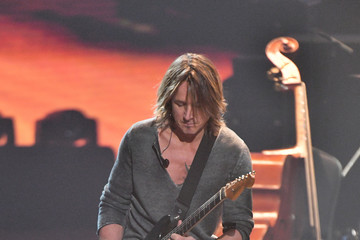 Keith Urban 2018 MusiCares Person of the Year Honoring Fleetwood Mac - Show
