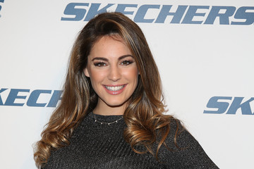 Kelly Brook Kelly Brook Meets Fans at Marble Arch Branch of Schuh