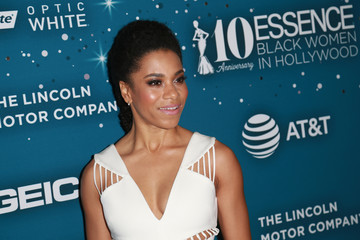 Kelly McCreary Essence Black Women In Hollywood Awards - Red Carpet
