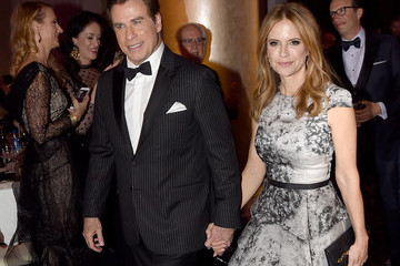 Kelly Preston 74th Annual Golden Globe Awards - Cocktail Reception
