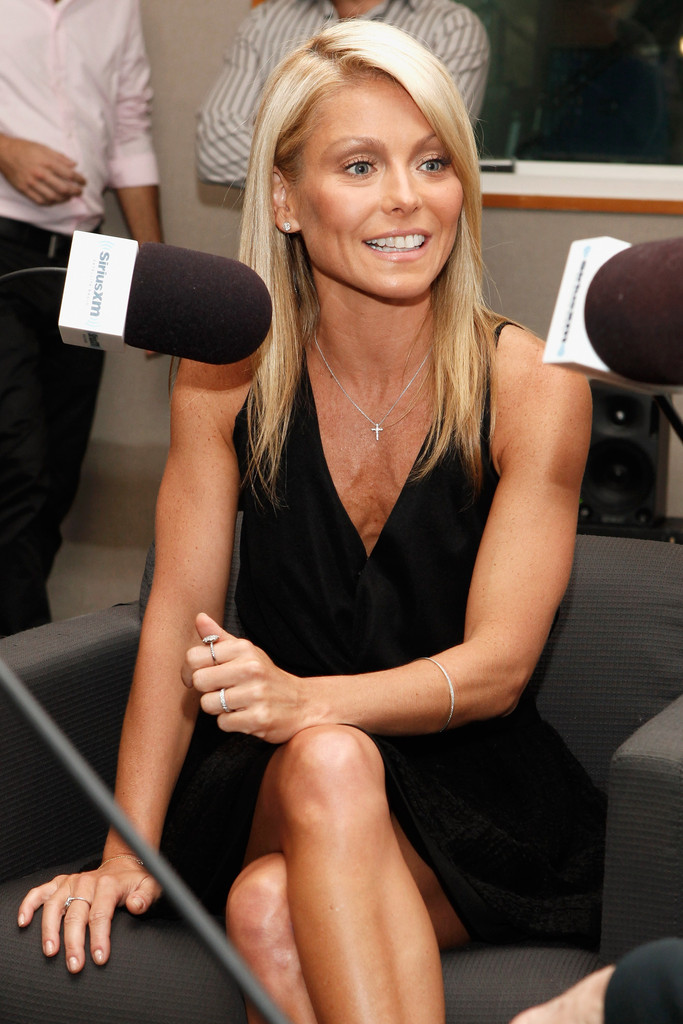 kelly ripa co hosts dr fredric brandt 39 s siriusxm launch event zimbio. Black Bedroom Furniture Sets. Home Design Ideas