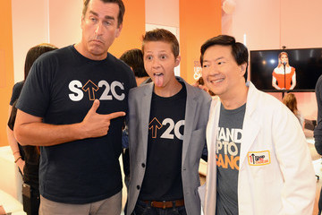 Ken Jeong Hollywood Unites for the 5th Biennial Stand Up to Cancer Event (SU2C), a Program of the Entertainment Industry Foundation (EIF) - Show