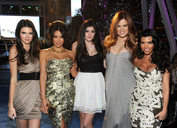 Kendall Jenner (L-R) TV personalities Kendall Jenner, Kim Kardashian, Kylie Jenner, Khloe Kardashian and Kourtney Kardashian arrive at the 2011 People's Choice Awards at Nokia Theatre L.A. Live on January 5, 2011 in Los Angeles, California.