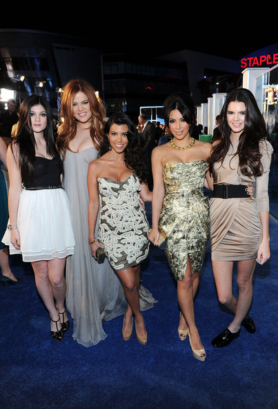 Kendall Jenner (L-R) TV personalities Kylie Jenner, Khloe Kardashian, Kourtney Kardashian, Kim Kardashian and Kendall Jenner arrive at the 2011 People's Choice Awards at Nokia Theatre L.A. Live on January 5, 2011 in Los Angeles, California.