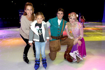 Kendra Wilkinson Disney On Ice Presents 'Dare To Dream' Celebrity Skating Party