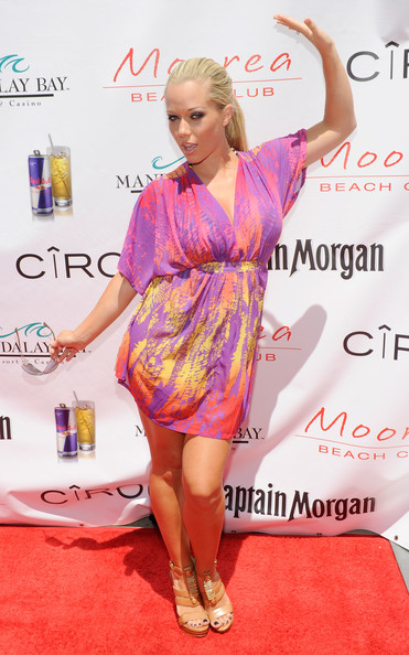 Kendra Wilkinson Television personality Kendra Wilkinson arrives at a Fourth of July weekend celebration at the Moorea Beach Club at the Mandalay Bay Resort & Casino July 3, 2010 in Las Vegas, Nevada.