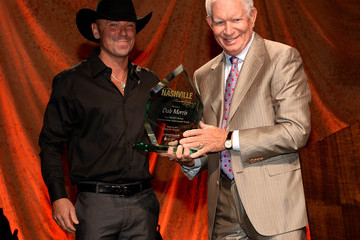 Kenny Chesney Inside the T.J. Martell Foundation Nashville Honors Gala