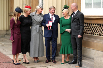 Kenny Dalglish Investitures At Buckingham Palace