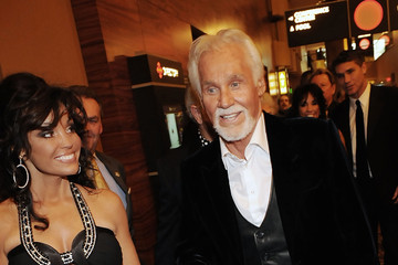 Wanda Rogers Kenny Rogers: The 50th Anniversary Show - Arrivals