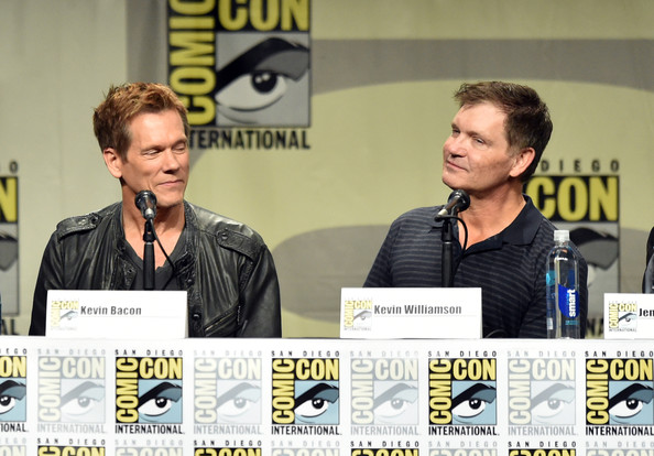 'The Following' Panel at Comic-Con [the following,yellow,event,design,font,media,conversation,news conference,fiction,fictional character,comics,kevin bacon,kevin williamson,san diego convention center,california,fox,panel,l,comic-con international,comic-con international 2014]