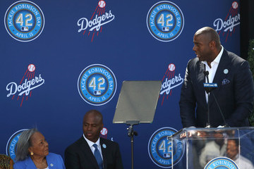 Kevin Frazier Los Angeles Dodgers Unveil Jackie Robinson Statue