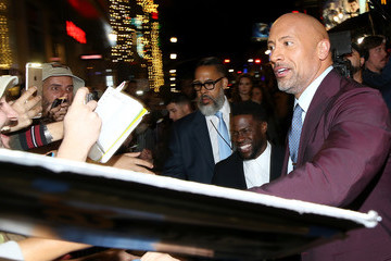 Kevin Hart Dwayne Johnson Premiere of Columbia Pictures' 'Jumanji: Welcome to the Jungle' - Red Carpet